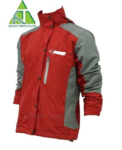Xu hướng đặt may áo khoác đồng phục công ty in logo thương hiệu năm 2020