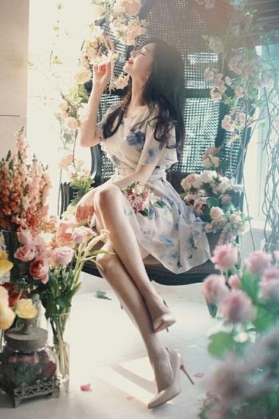 Đầm voan hoa xoè tiểu thư dáng ngắn