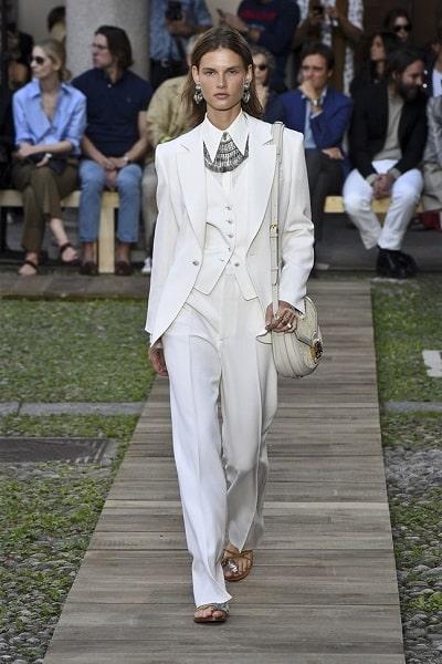 Suit thanh lịch phong cách menswear thống trị xu hướng thời trang xuân hè 2020