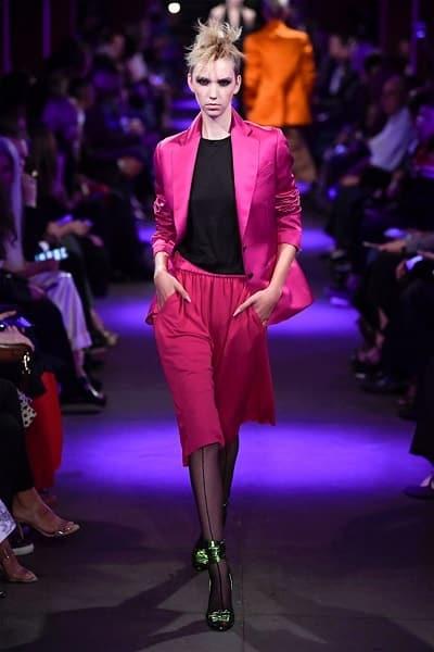 Suit lửng thống trị xu hướng thời trang xuân hè 2020