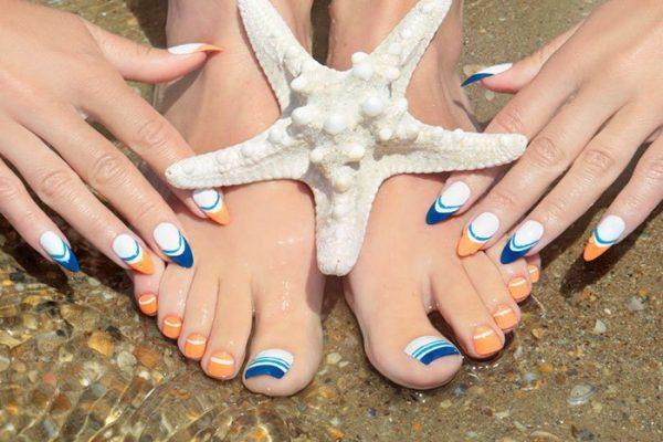 Mẫu sơn móng chân gợi ý cho bạn nữ chuẩn bị đi biển
