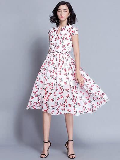 Váy hoa vintage đang là xu hướng thời trang công sở mới được chị em ưa chuộng