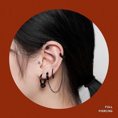 Xỏ khuyên tại tất cả các vị trí trên tai (Full Piercing)