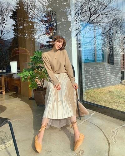 Áo len chân váy điệu
