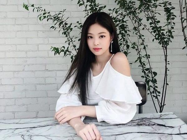 """Jennie chính là """"thánh tạo trend"""" mới của Kpop"""