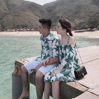 Váy voan áo sơ mi hoạ tiết đôi chụp ảnh cưới