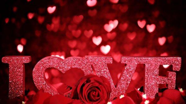 Tặng quà Valentine mang nhiều ý nghĩa cho các cặp đôi đang yêu nhau