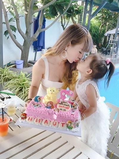 Bánh kem - không chỉ là quà sinh nhật cho bạn gái