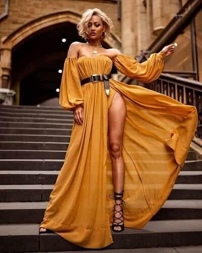 Váy màu vàng - Màu của tết 2020