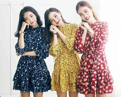 Váy với các họa tiết hoa nhí mang phong cách trẻ trung