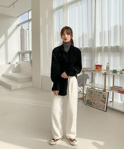 Áo nhung đen oversize