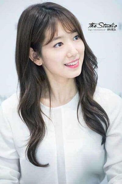 Kiểu tóc này rất được các nghệ sĩ Hàn Quốc ưu chuộng.