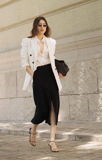 Mặc vest giúp nàng lịch lãm hơn khi gặp gỡ đối tác