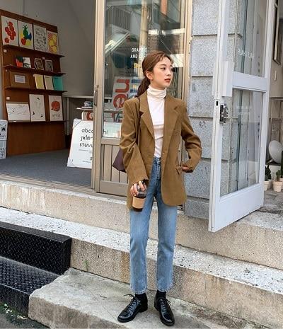 Tăng dáng vẻ lịch lãm, sang trọng với kiểu phối blazer với quần jean