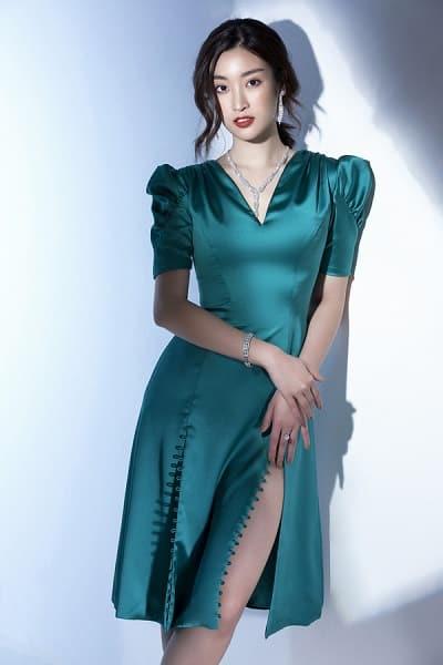 Muốn váy lụa bền màu thì cần hạn chế phơi dưới ánh nắng trực tiếp