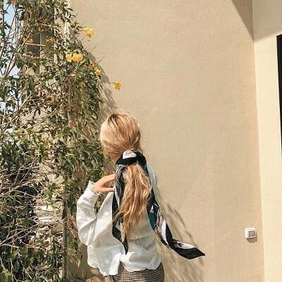 Buộc tóc thấp kiểu Hàn Quốc sang chảnh
