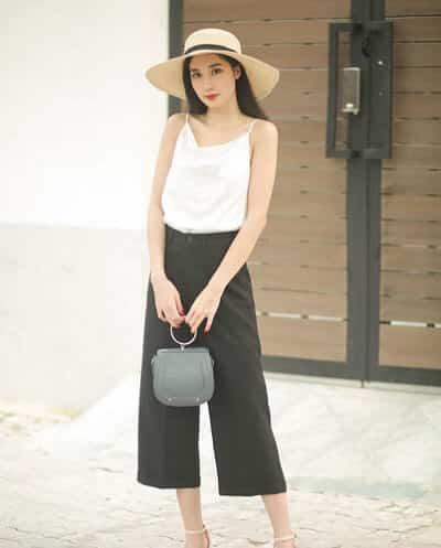 Áo hai dây: Kiểu đồ đi biển nữ đẹp hợp thời trang