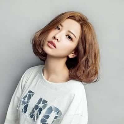 Mẫu tóc ngắn Hàn Quốc không mái