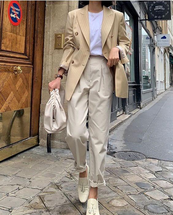 loại áo khoác cần có áo blazer kaki