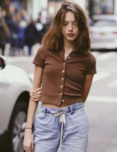 Mix áo cardigan chui đầu nữ với quần jean - Ảnh 2
