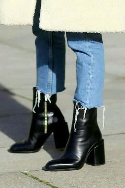 Kiểu giày boot đẹp da bóng