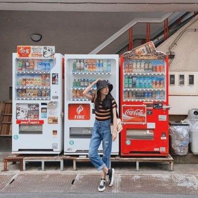 Chụp hình sống ảo tại máy bán hàng tự động - Ảnh 2