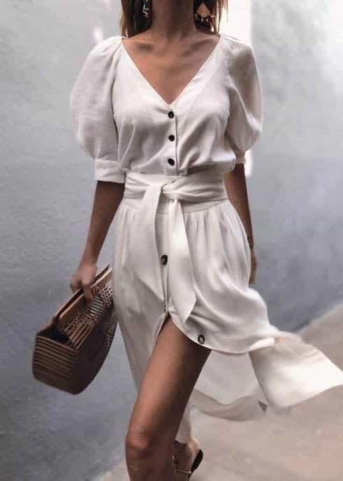 Cách mặc váy dài cho người lùn chân váy xẻ tà