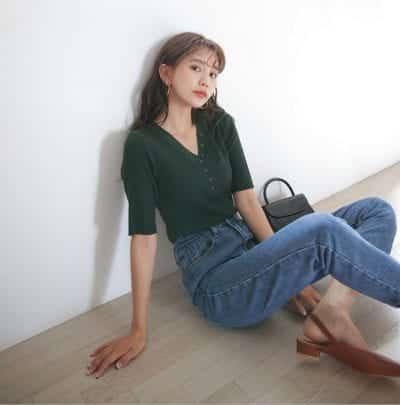 Mix áo cardigan chui đầu nữ với quần jean - Ảnh 4
