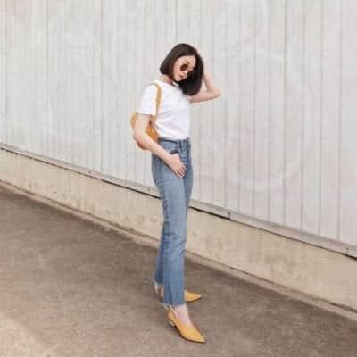 Quần jeans Ulzzang phối với áo thun