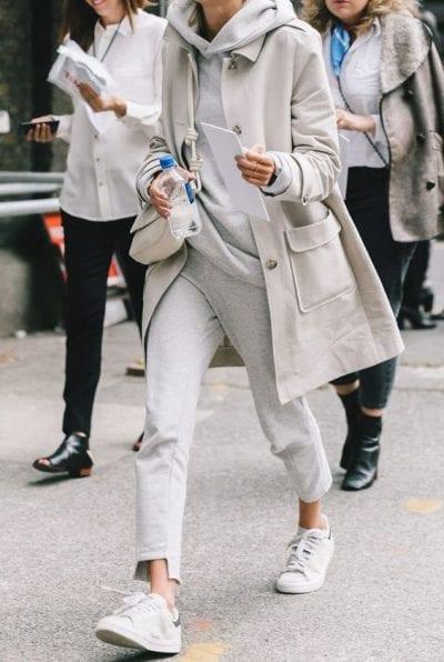 Áo hoodie mỏng cho nữ mix cùng áo khoác - Ảnh 1