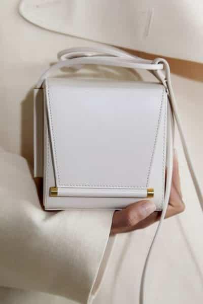Túi xách gam trắng đơn giản - Ảnh 3