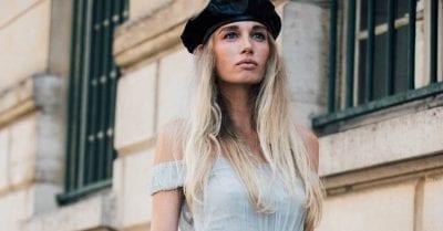 Mũ beret da cũng là một điểm nhấn thú vị cho set đồ của bạn