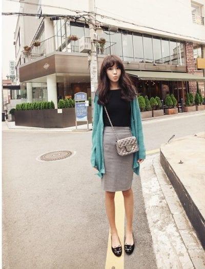 Áo cardigan và chân váy bút chì – set đồ hoàn hảo cho thu đông của cô nàng nữ tính