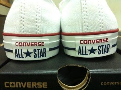 Gót giày Converse chính hiệu được in chìm