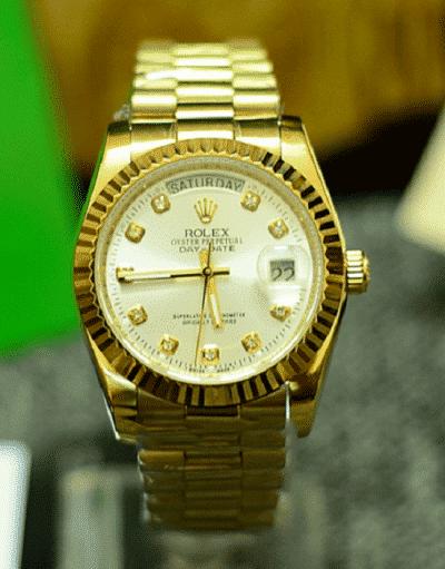 Đồng hồ – Phụ kiện thể hiện sự nam tính của chàng