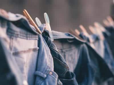 Để chiếc quần jean luôn bền đẹp các bạn cũng cần phải phơi đúng cách