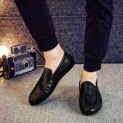 Thiết kế của giày mọi