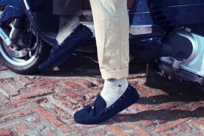 Có thể sử dụng giày lười khi đi học
