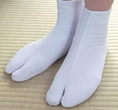 """Giày Tabi truyền thống Nhật Bản, """"ông tổ"""" của các dòng giày tabi kiểu"""