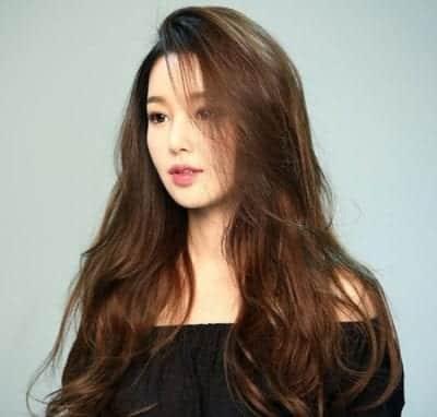 Kiểu tóc dài uốn đẹp nhất năm 2020 - Ảnh 29