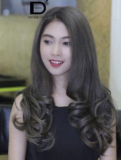 Kiểu tóc dài uốn đẹp nhất năm 2020 - Ảnh 6