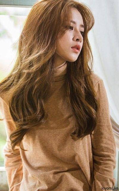 Kiểu tóc dài uốn đẹp nhất năm 2020 - Ảnh 9