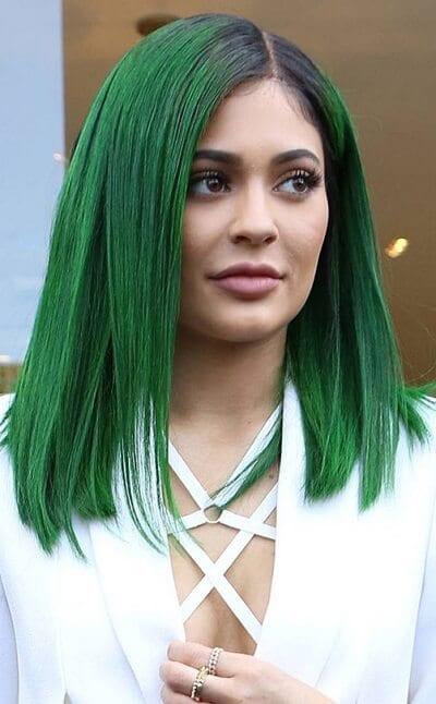 Tóc màu xanh rêu chất