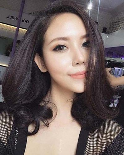 Các kiểu tóc ngang vai mái dài