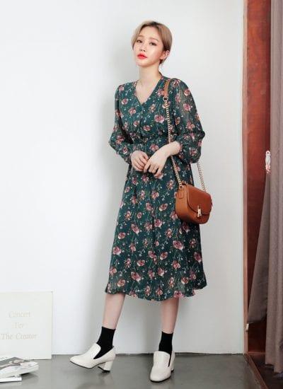 Váy suông dài tay họa tiết hoa - Ảnh 2