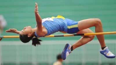 Giày thể thao sử dụng trong hoạt động nhảy cao