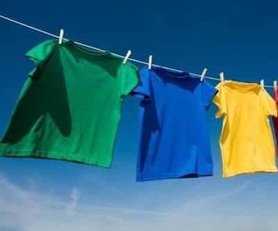 Phơi các sản phẩm chất liệu Modal ở nơi sạch sẽ, không chịu ảnh hưởng trực tiếp của ánh nắng mặt trời