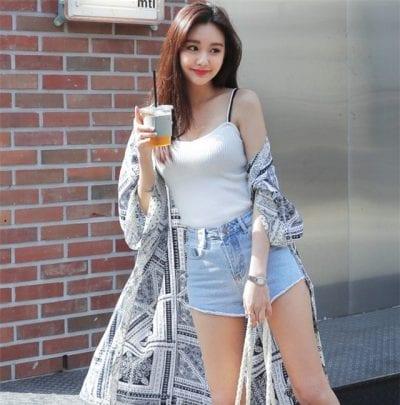 Áo khoác kimono, áo 2 dây kết hợp short ngắn