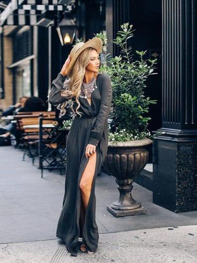 Sexy và sang trọng trong bộ váy maxi xẻ tà