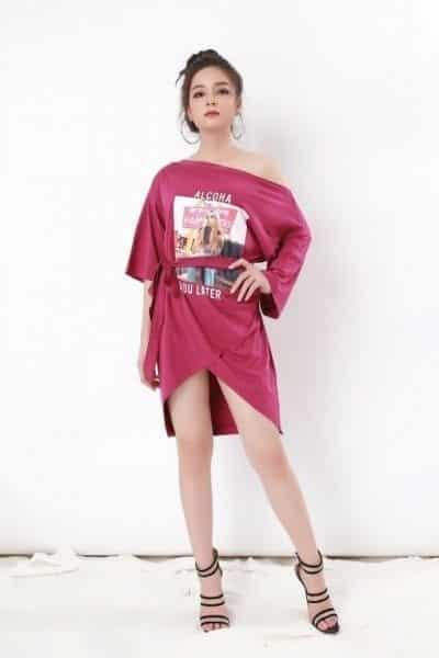 Mẫu trang phục đang được bày bán tại Suri Shop